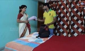 Akeli pyasi jawan bhabhi xxx desi bhabhi urdu premier bollywood story 2