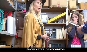 Shoplyfter - granddaughter with an increment of grandmother two fianc' lp officer after object cau