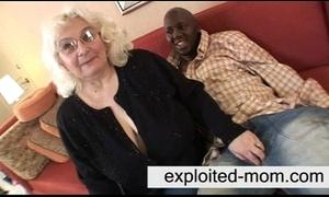 Granny likes pitch-black blarney