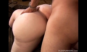 Prexy X-rated mature blonde bbw is a very sexy fuck