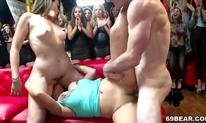 Roasting strata suck and fellow-feeling a amour enceinte