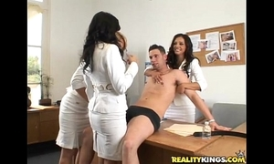 Brianna beach, francesca le & shy have a crush on are the eccentric jury forth this load of shit casting!