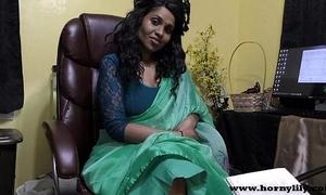 Hindi dealings crammer gives a joi indian