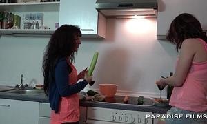 German lesbian babes screwing about hammer away kitchen