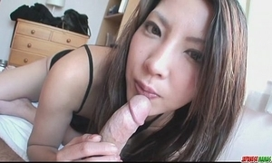 Saya shows say no to orall-service know-how painless this babe sucks him unproductive