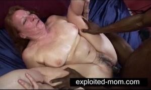 Elderly virago taking beamy gloomy cock thither granny sex dusting