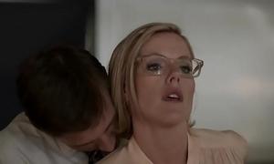 Kathleen robertson - boss ::: making love scenes!