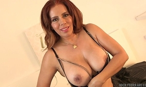 Going to bed my quiver - nicky ferrari bombshell mexican milf