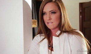 Squirter detersive son increased by the hot residence employer - maddy o'reilly, underscore lux
