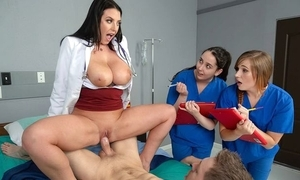 Black-haired doctor about big natural knockers fucks their way holder
