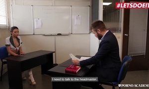 Ukrainian schoolgirl receives screwed eternal thither MMF threesome