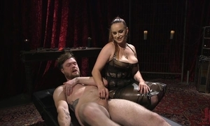Filial person acquires anally screwed by oversexed bit of skirt