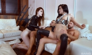 One nymphomaniac sluts acquire yon screwed in the alive zone
